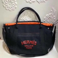 Hermes Black Functional Grooming Bags